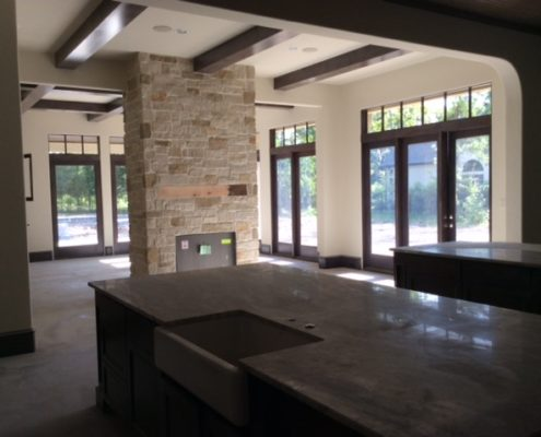 kitchen (beamed ceiling)